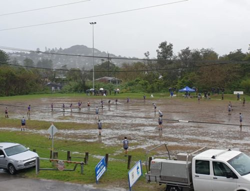 U14s battling it out in the mud at Porters !…