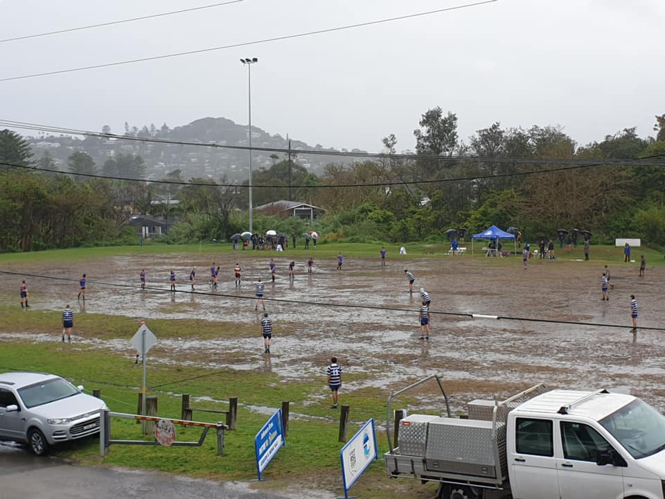 U14s battling it out in the mud at Porters !...